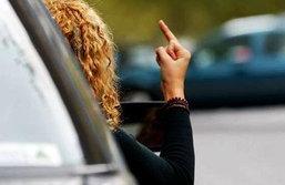 10 พฤติกรรมขับรถสุดแย่ที่พบเป็นประจำ