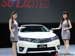 มาแรง! โปรโมชั่น Toyota Altis 2014 ผ่อนไม่ถึง 6 พัน!