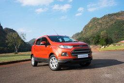 Ford EcoSport ครอสโอเวอร์คันเล็ก ขับดีกว่าที่คิด!