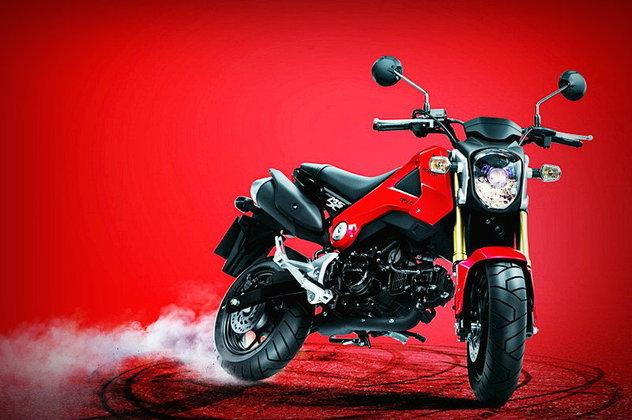 เปิดม่าน 3 รุ่นใหม่  มอเตอร์ไซค์ Honda ...แบบไหนที่คุณชอบ