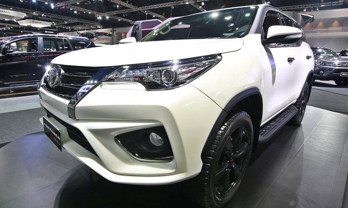 เผยยอดขายรถยนต์ประจำเดือนพฤศจิกายน 2559 'โตโยต้า' มาแรงสุด