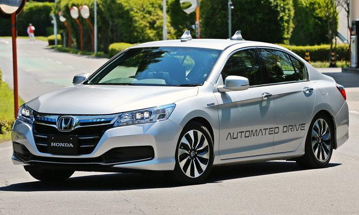 ลองของจริง! ระบบขับขี่อัตโนมัติ Honda Accord และ Legend ส่งตรงจากประเทศญี่ปุ่น