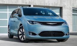 Google จับมินิแวน Chrysler Pacifica Hybrid ยัดเทคโนโลยีขับขี่เองได้เป็นรุ่นแรก