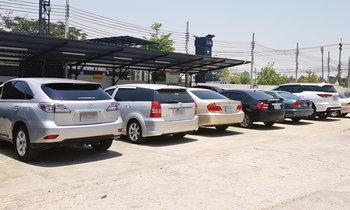 5 สิ่งที่ควรทำเมื่อต้องจอดรถทิ้งไว้กลางแดดเป็นประจำ