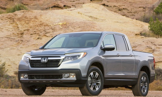 '2017 Honda Ridgeline' ขึ้นแท่นกระบะประหยัดน้ำมันสุดแซง 'Toyota'