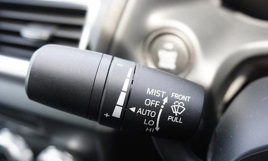 8 ระบบความปลอดภัยในรถหรูที่คุณซื้อติดเองได้
