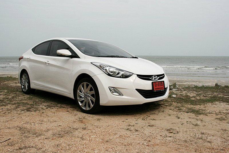 Sanook! Drive : Hyundai Elantra 1.8 GLS  คอมแพ็คคาร์โสมขาว สมรรถนะเร้าอารมณ์