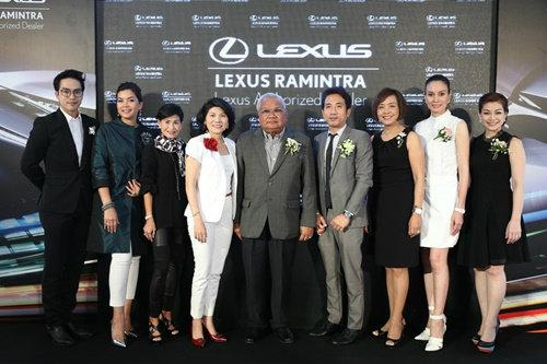 """เซเลบตบเท้าร่วมงาน """"เลกซัสรามอินทรา"""" ก้าวสู่ปีที่ 9 พร้อมเปิดตัวรถหรู Lexus NX300h"""