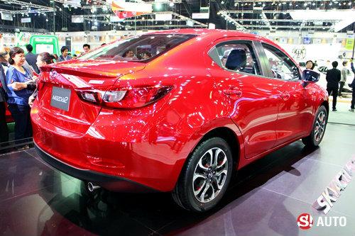Mazda 2 Sedan เผยโฉมแล้วอย่างเป็นทางการที่งาน Motor Expo 2014