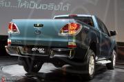 Mazda BT-50 Pro ..กระบะม้ามืด