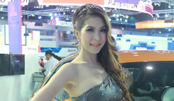 พริตตี้ AUDI Motor Expo 2012