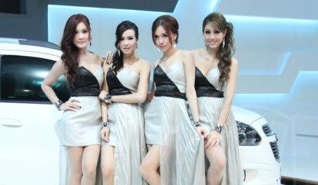 พริตตี้ CHEVROLET Motor Expo 2012