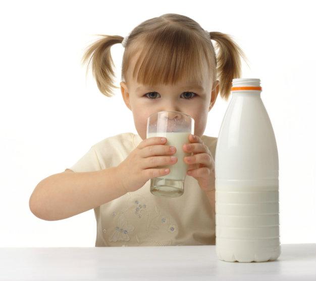 นมโรงเรียนบูดอีกครา เด็กท้องเสียกว่า 200 คน