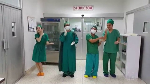 ขอฮาด้วยคน! ชมคลิปคุณหมอ-พยาบาล โชว์เต้นเพลงชักกระตุกสุดฮา
