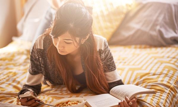 3 เทคนิคที่จะพัฒนาการอ่านหนังสือ ให้สตรอง