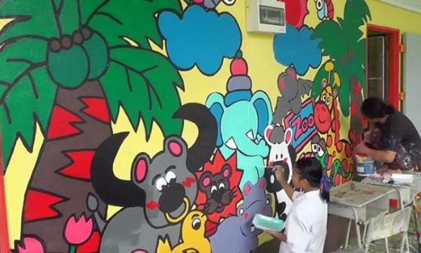 กลับมาเป็นจิตอาสา สอนเด็กประถมวาดภาพสีน้ำ แต่งอาคารเด็กอนุบาล