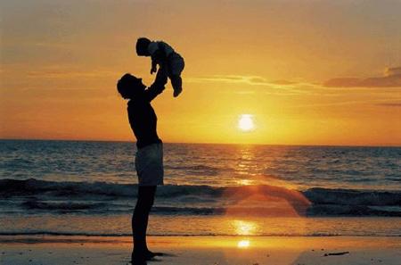 วันพ่อแห่งชาติ 5 ธันวาคม 2557 อ่านประวัติ กลอน เพลงวันพ่อ