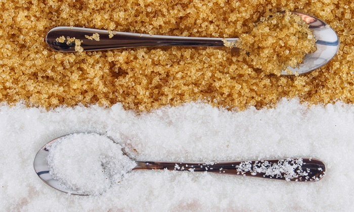 น้ำตาล VS เกลือ อันไหนทำร้ายร่างกายมากกว่ากัน?