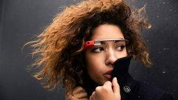 กูเกิล จับมือ Ray-Ban และ Oakley แล้ว คาด Google Glass เน้นความเป็นแฟชั่นมากขึ้น