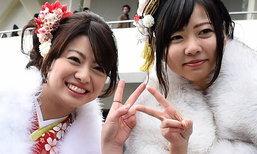 นักวิจัยญี่ปุ่นเผย ถ่ายรูปชู 2 นิ้ว อันตรายกว่าที่คิด