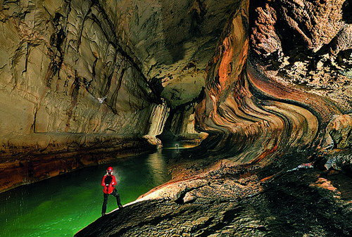 Exploring the giant caves of Mulu National Park, Sarawak, Borneo with a primary objective to survey and photograph the largest cave chamber in the world using modern day equipment.