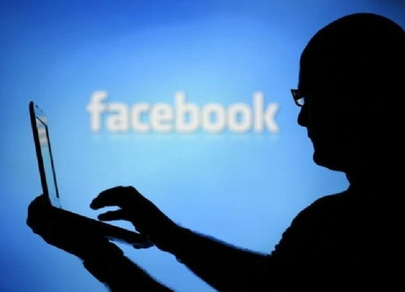 กสทช.-ไอซีที ประสานเสียงยืนยันด้วยความสัตย์จริงไม่ได้ปิดเฟซบุ๊ค