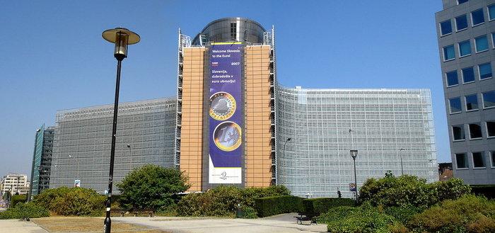 คณะกรรมาธิการยุโรป บอก Google, Alphabet กระทำการผูกขาดในตลาดสมาร์ทโฟน