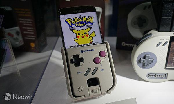 Hyperkit Smartboy อุปกรณ์สวมมือถือ พาย้อนวันวานถึงเกมบอยในยุค 90