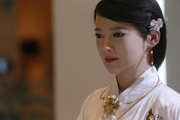 Jia Jia เซเลปหุ่นยนต์ A.I. จากจีนหยุดทำงาน หลังจากถูกใช้งานมากเกินไป