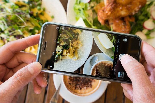 วิธีใช้ (มือถือ) ถ่ายภาพให้สวยเหมือนกล้องมืออาชีพ