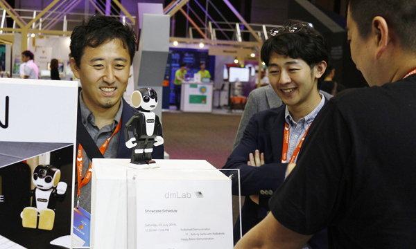 dmLab ร่วมงานสัมมนา เทคซอส ซัมมิท ประจำปี 2559 โชว์ผลงานสุดยอดนวัตกรรมดิจิทัล