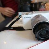 ตัวอย่างภาพถ่ายจาก Canon EOS M10