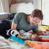 Mark Zuckerberg คุณพ่อหมื่นล้าน