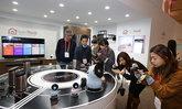แอลจีต่อยอดเทคโนโลยี IoT ด้วย นวัตกรรม HUB ROBOT พร้อมเปิดตัว Smart Refrigerator