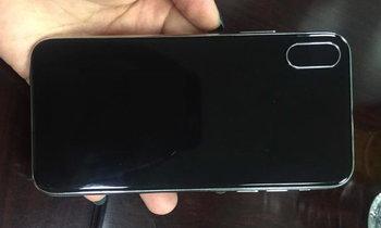 นี่เรียกว่าออกแบบแล้ว? ภาพหลุด iPhone 8 เครื่องต้นแบบก่อนออกมาเป็นของจริง