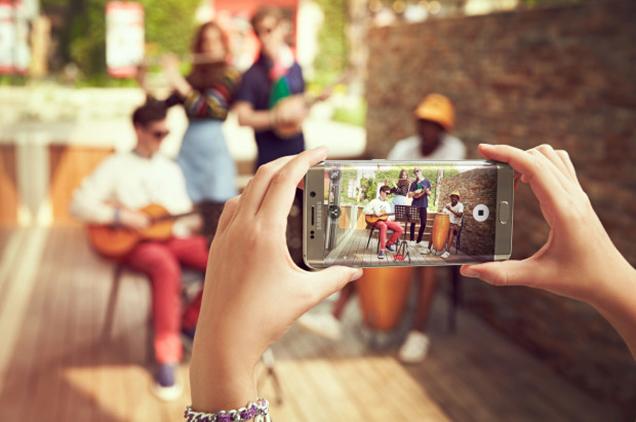 เปิดตัว Samsung Galaxy S7 และ S7 Edge