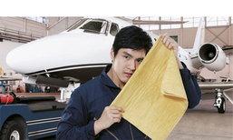 """กระหึ่มโซเชี่ยล! สัมภาษณ์""""คนล้างเครื่องบิน JET"""" หล่อแซ่บ อาชีพแหวกแนวที่ดังสุดๆในตอนนี้"""