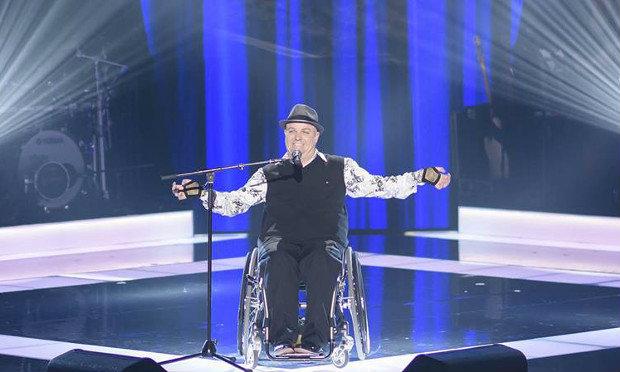 บทเพลงจากผู้ไม่ยอมแพ้ เมื่อชายพิการครึ่งตัว ชนะใจกรรมการ The Voice Australia