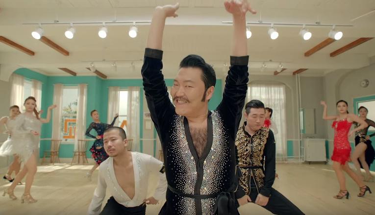 """มันฮามาก!! เมื่อ PSY เจ้าของเพลง Gangnam Style มากับเอ็มวีใหม่ """"Daddy"""""""