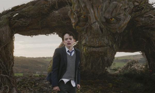 """ชวนดู A Monster Calls หนังที่จะทำให้คุณ """"ร้องไห้หนักมาก"""""""