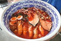 5 ร้านอาหารจานยักษ์ อร่อยสะใจคนกินโคตรจุ!