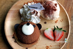 THINK CAFE @ THE BLOC คาเฟ่นั่งเล่นแบบชิลๆ ของคนรักขนมหวาน