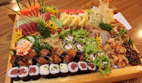 แพทองรวมมิตร SPECIAL DISH FOR AROI JAPAN!