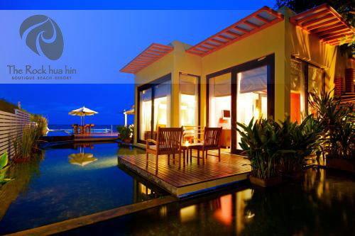 เดอะ ร็อค หัวหิน The Rock Hua Hin Boutique Beach Resort