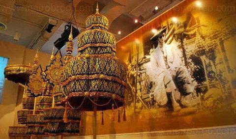 เที่ยวนิทรรศรัตน์โกสินทร์ ย้อนประวัติศาสตร์ผ่านงานศิลป์ชั้นสูง