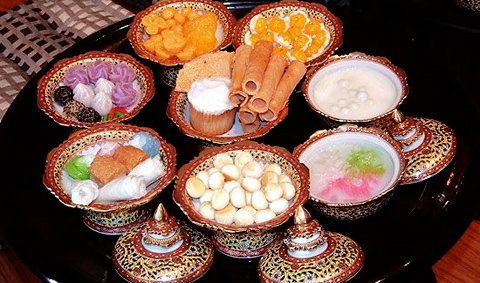 ชมไป หิวไป พิพิธภัณฑ์ขนมไทย หวานใจอัมพวา