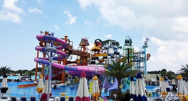 สนุก สดชื่น รับวันหยุด..ในสวนน้ำ Cartoon Network