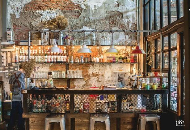Wolf's Den รสชาติที่ออกแบบได้ในฮังหมาป่า
