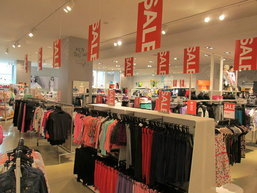 H&M END OF SEASON SALE UP TO 70% OFF