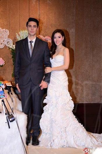 ชุดแต่งงานลีเดีย ศรัณย์รัชต์